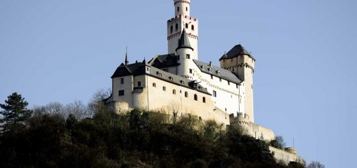 The Marksburg is a castle above the town of Braubach in Rhineland-Palatinate and is a UNESCO World Heritage site.