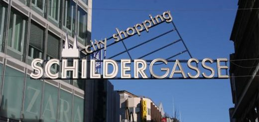 Schildergasse, the shopping experience in Cologne (photo: KölnTourismus)