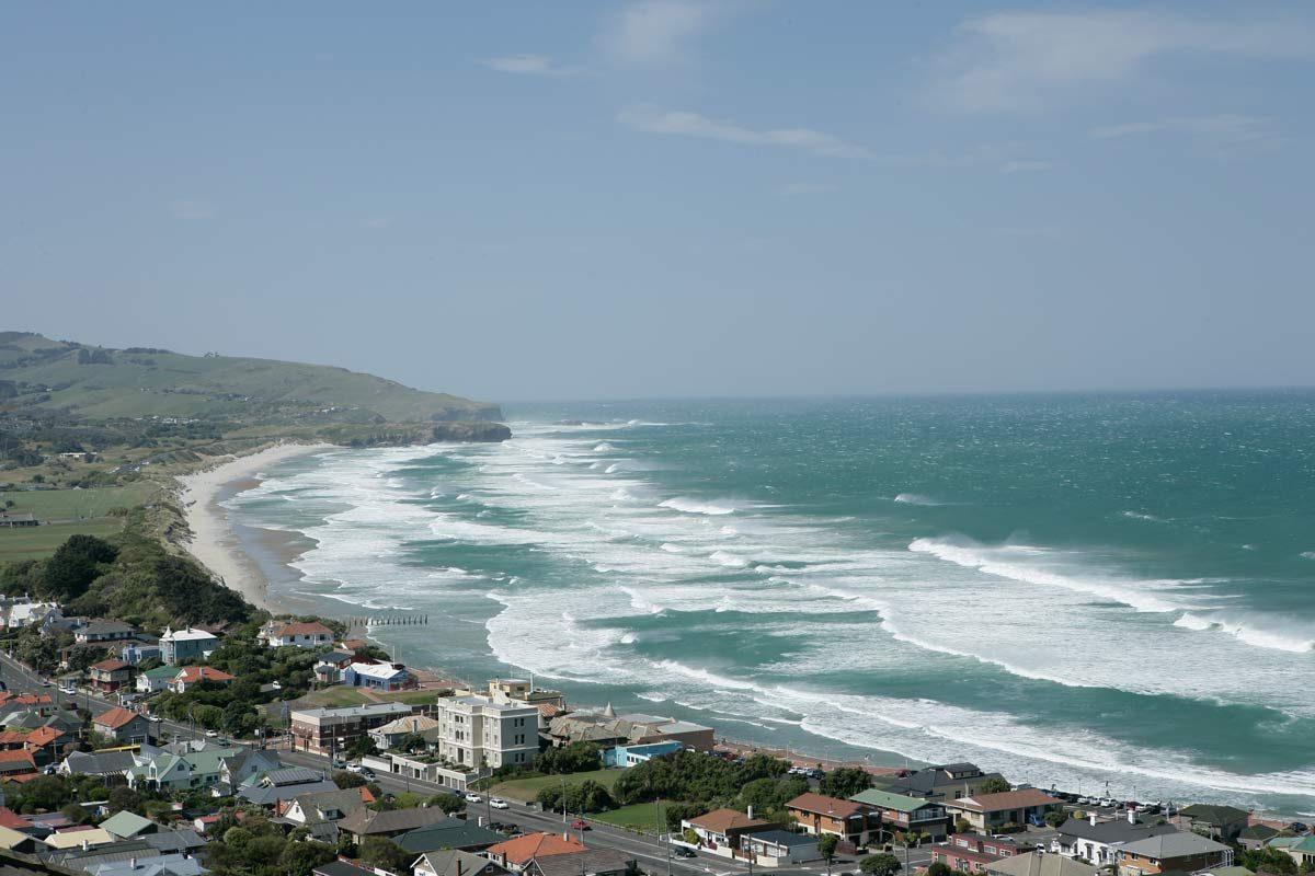 St. Clair, St. Kilda Coastline, New Zealand (photo: Tourism Dunedin)