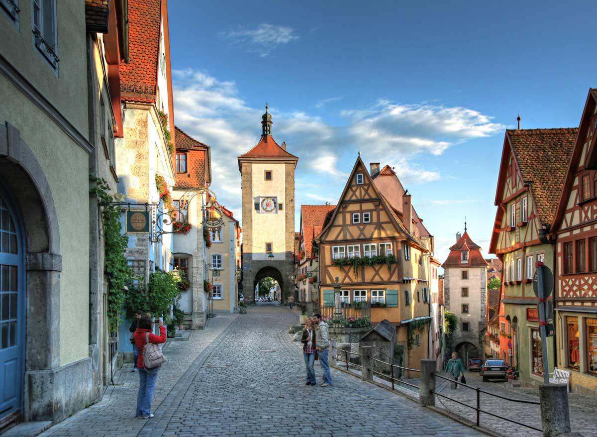 Plönlein Rothenburg ob der Tauber (photo: Rothenburg Tourismus Service, Pfitzinger)