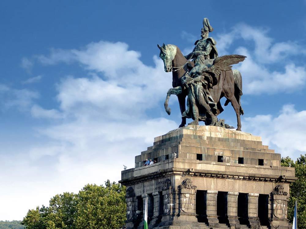 Kaiser Wilhelm I Statue, Deutsches Eck, Koblenz (photo: Koblenz Touristik)