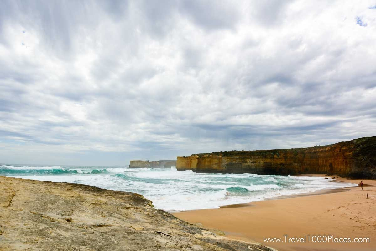 Loch Ard Gorge (30 minutes west of 12 Apostles) along Great Ocean Road, Victoria, Australia