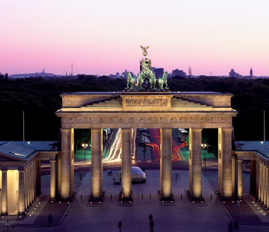 Brandenburg Gate, Berlin -- during the Cold War it represented the separation border between West- and East Berlin