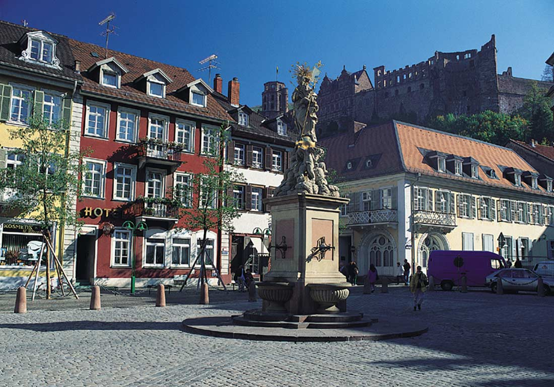Heidelberg Corn Market (photo: Heidelberg Tourism)