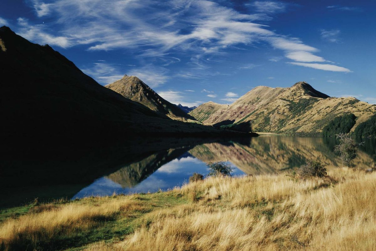 Alpine Lake, Queenstown (photo: Destination Queenstown)