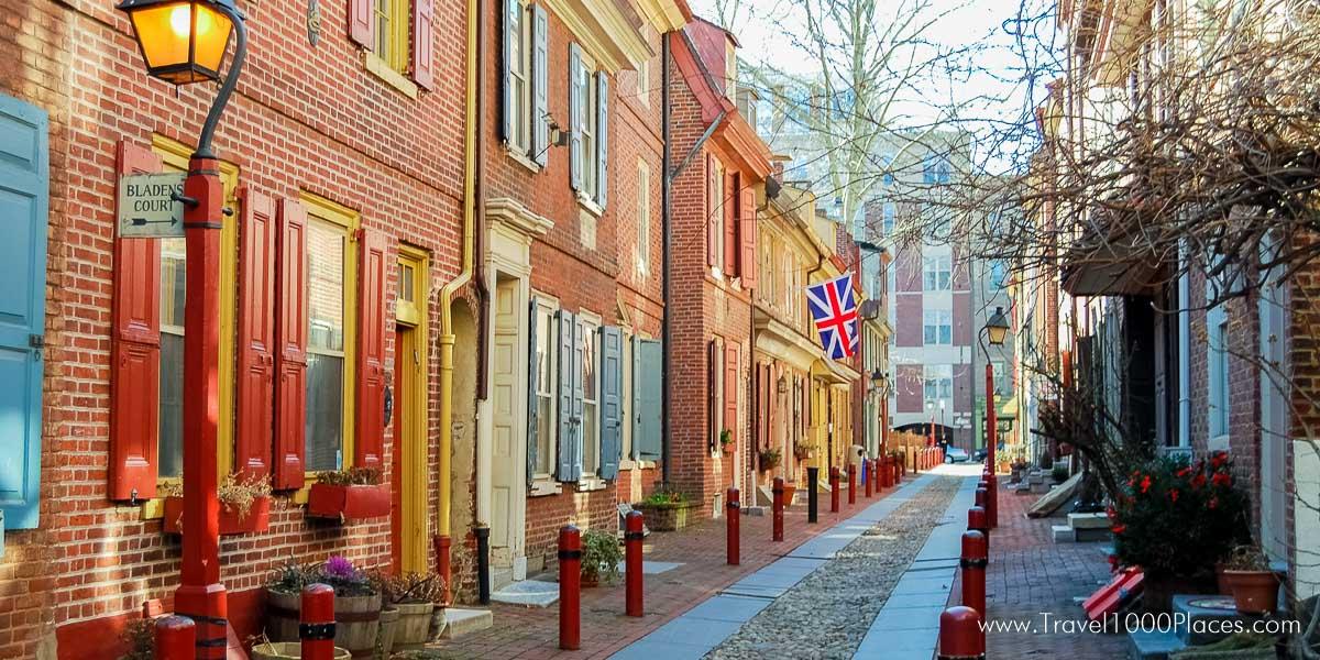 Elfreth's Alley, Philadelphia [photo: frankschrader.us ; all rights reserved]