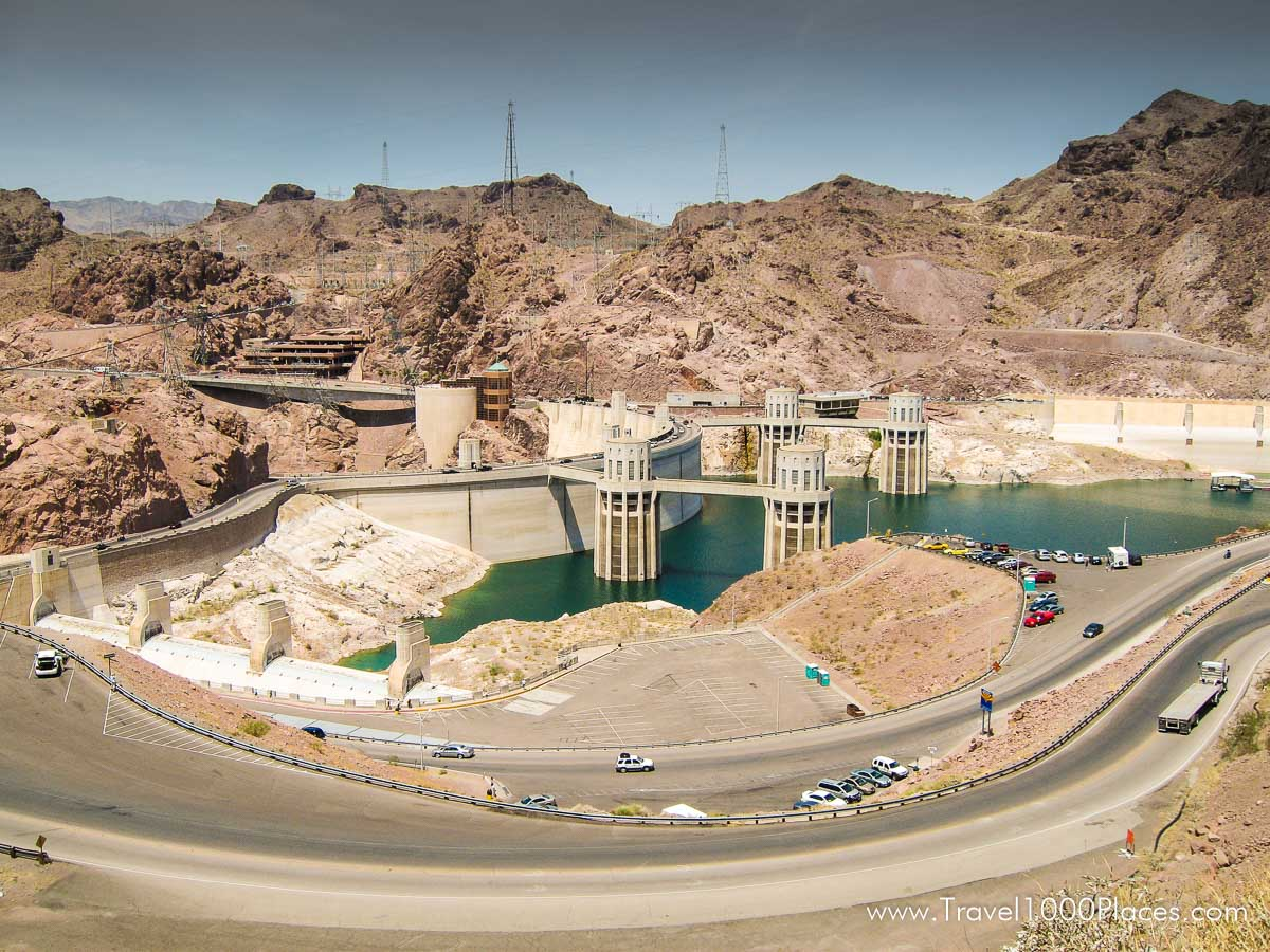 Hoover Dam, Arizona / border to Nevada [photo: May 2006)