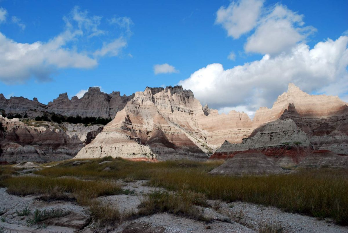 Brule Formation, Badlands National Park, South Dakota, USA [photo: NPS]