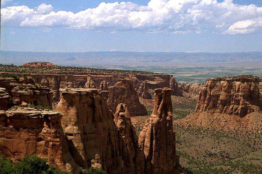 Colorado National Monument -- Kissing Couple in Monument Valley [photo: NPS]