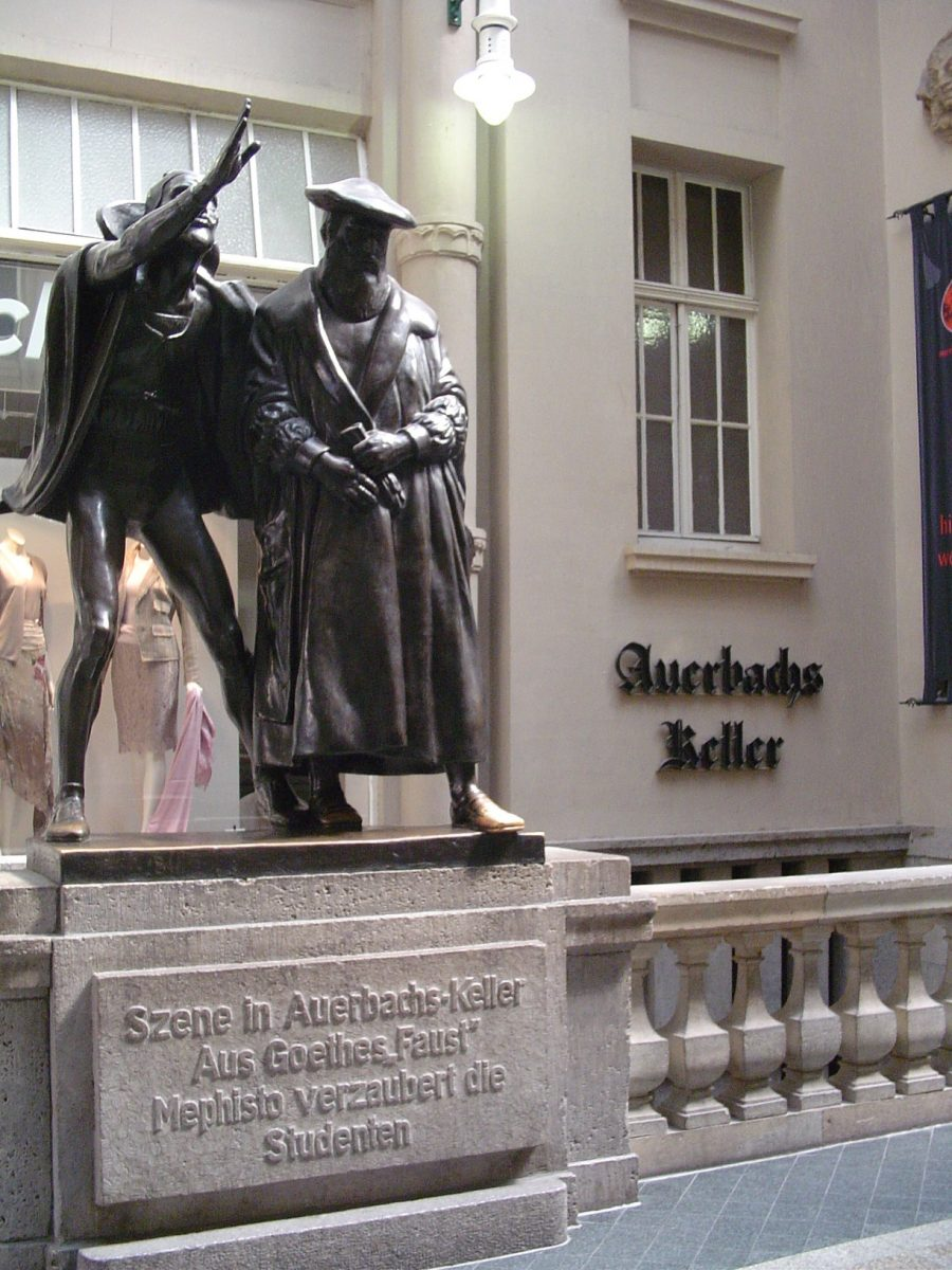 Auerbachs Keller in Leipzig, Germany [photo: Elinore, CC BY-SA 3.0 http://creativecommons.org/licenses/by-sa/3.0/, via Wikimedia Commons]