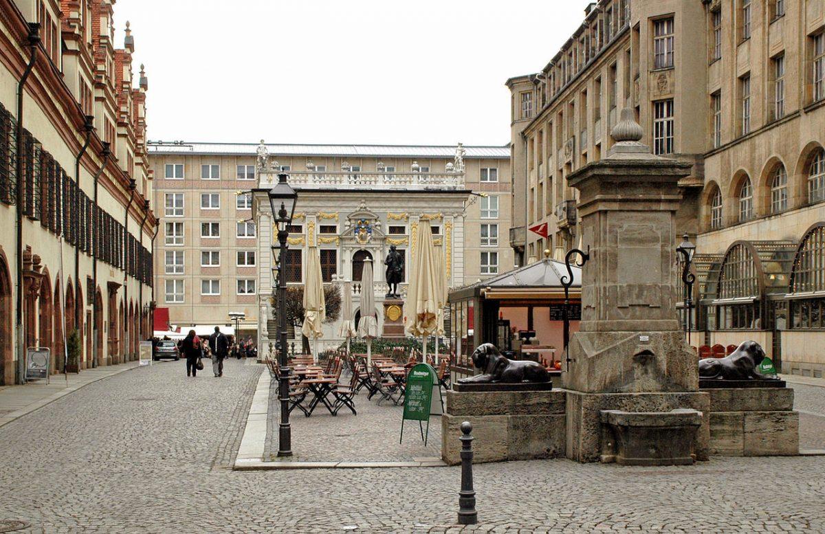 Leipzig Naschmarkt [photo: Tino Strauss, CC BY-SA 3.0 http://creativecommons.org/licenses/by-sa/3.0/, via Wikimedia Commons]