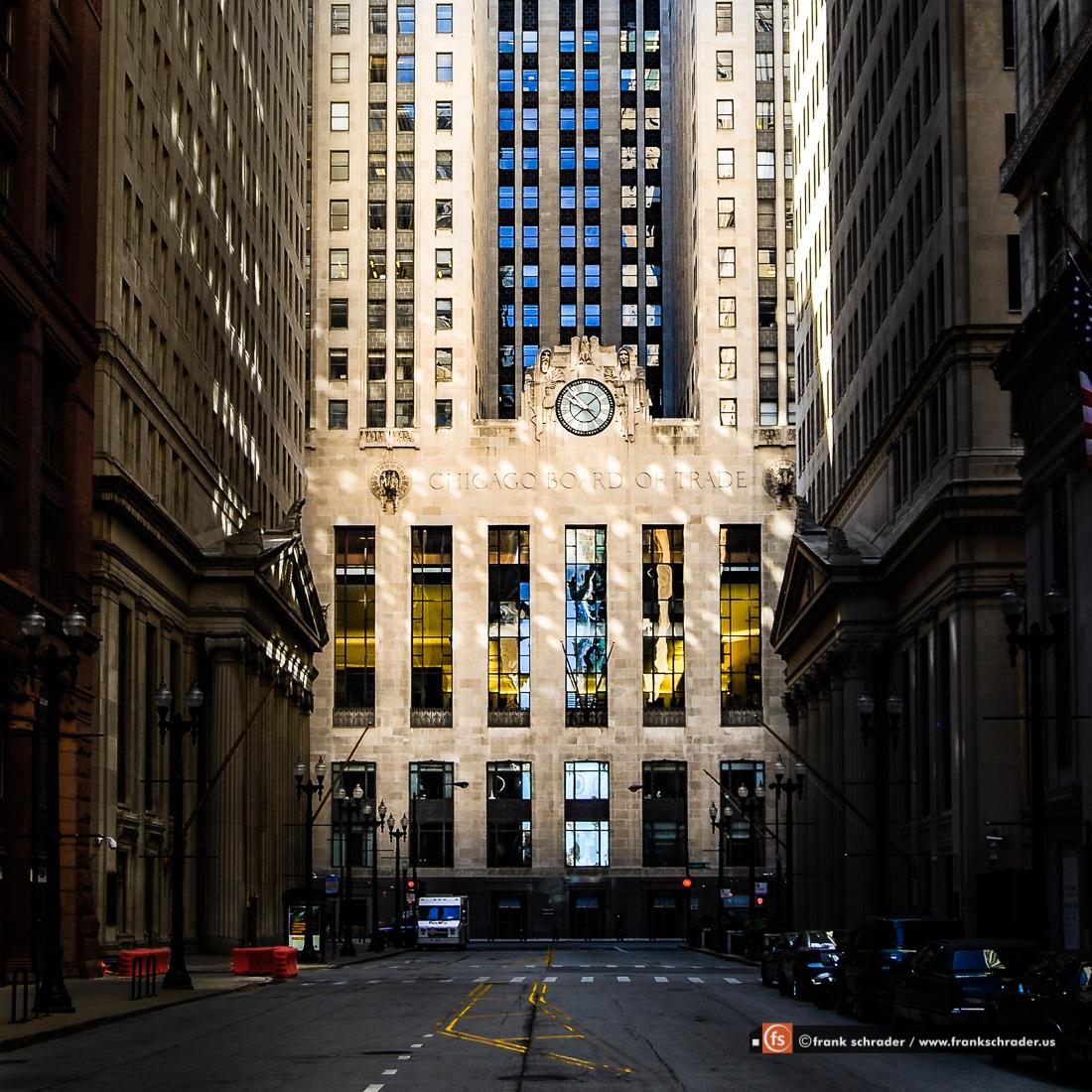 Board of Trade Building in Chicago [photo: frankschrader.us]